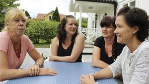 Gittan Carlsson, Birgitta Karlström, Kate Redlund Ronnebrink och Monica Englund blir privata dagbarnvårdare.