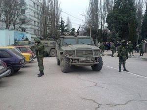 De ryska trupperna närvaro i Simferopol har inneburit ett större lugn enligt Christer Näslund.