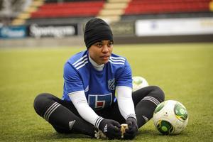 ÖDFF har värvat ett gäng utländska spelare för att få in spetskompetens i laget. Här målvakten Nicole McClure.