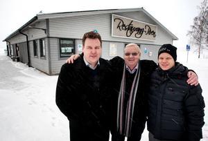 5 februari 2013 berättade Kurt Kristensen, i mitten, att han sålt Pirenfastigheten till Tomas Olofsson och Johnas Jansson.