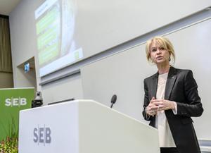 Annika Falkengren, vd för SEB, är börsens bäst betalda kvinna.