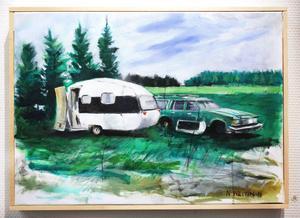 Nicklas Westin har målat skrotbilarna på landet där han bor, men gett landskapet främmandegörande skarp grönfärg.