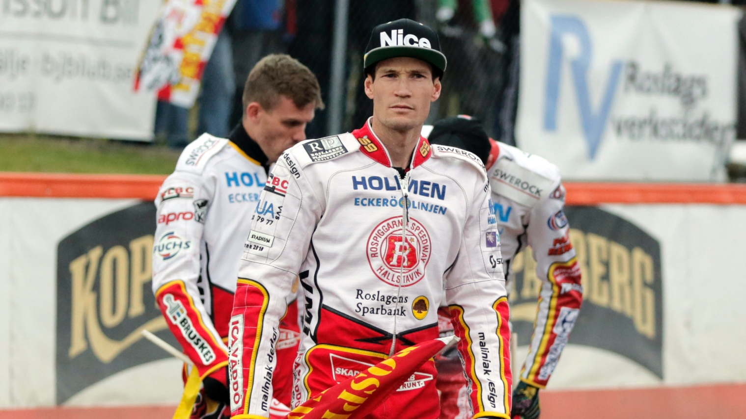 Jonsson leder varldscupen efter ny seger