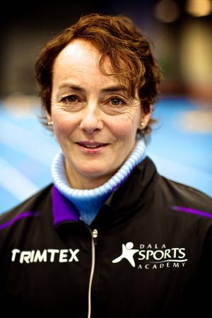 Annika Zell lämnade Sundsvall för Norge där hon senare vann damstafetten under tiomila-helgen igen 2006 med Nydalens SK. Nu är hon bosatt i Falun.