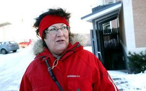 HAR TÅLAMOD. Annika Larsson bor på Brynäs. Hon tycker att posten sköter sig bra.