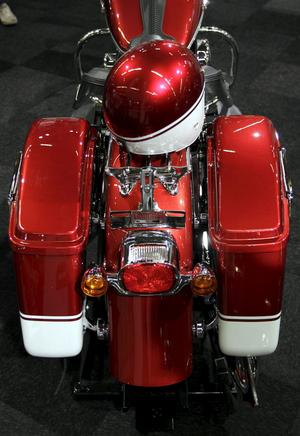 1950-talshoj? Nej, Harley-Davidson Dyna Switchback är splitter ny och drivs av en Twin Cam 103-motor. Det är ett relativt smidigt bygge som kostar från 189 900 kronor.
