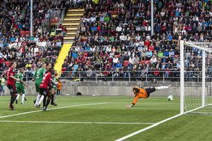 Rasmus Lindqvists 1-1-mål mot Hammarby är på väg i fjolårets möte, som drog 6 028 åskådare. Nu blir det fullt igen.