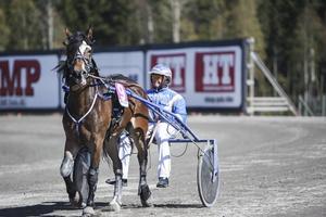 Efter sex år hos Jan-Olov Persson byter Jan-Ove Olsen till Stall Zet.