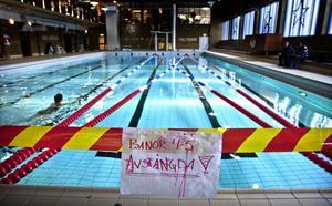 Stora bassängen är för tillfället bara delvis öppen för bad och simträning.