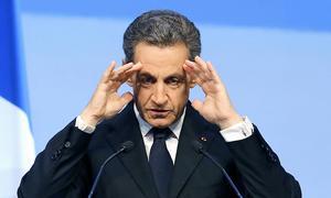 Förre presidenten och nuvarande presidentkandidaten Nicolas Sarkozy gick hårt åt regeringen redan dagen efter dådet i Nice. Arkivbild.   Foto: Jacques Brinon/AP/TT
