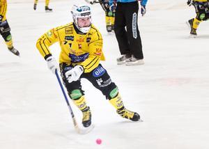 Vadim Arkhipkins lyftning fram till Martin Söderbergs 3–4 var en precis delikatess, ett flipp som friställde Brobergsanfallaren som bara kunde suga in bollen och runda målvakten.