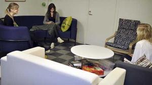 Nya uppehållsrummet dissas av elever på Rudbeck. Foto: JESSIKA DJÄKNEGÅRD