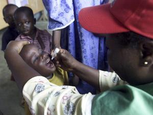 Den 24 oktober 2003 fick den då fyraårige Tobe Ejorfo poliovaccin i nigerianska Lagos. I augusti 2015 förklarades Afrika fritt från polio, ett av många enorma framsteg i världen.