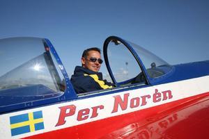 Per Norén har tävlat i konstflyg de senaste åren och har ett färskt guld i sin medaljsamling.Fotograf: Wolfram Meyer