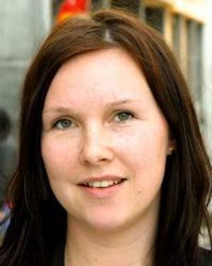 Angelica Löfberg, 26 år, Sundsvall:– Nej. Jag har inte bestämt mig för om jag ska rösta. Jag känner att jag inte har fått några bra argument för det än.