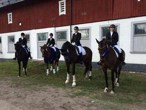 Segerlaget bestod av från vänster Katarina Eriksson/Zebulon, Jessica Backlund/Blizza, Linda Antonsson/Arezzo och Åsa Öhlander/Allumette.