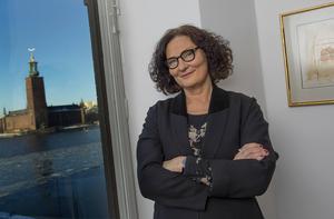 Litteraturprofessorn och författaren Ebba Witt-Brattström är aktuell med essäsamlingen