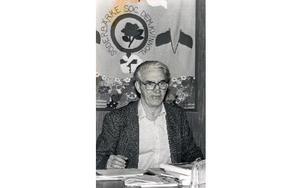 Lennart Svensson lägger ut texten hos Söderbärke socialdemokratiska kvinnoklubb. Foto: Dala-Demokraten/Arkiv