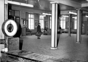 Minns ni? Så här såg väntsalen ut 1969. Då fanns i alla fall en väntsal. Foto: Gunhild Malmberg