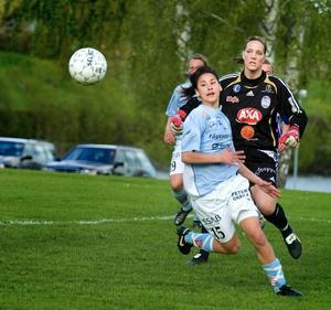 Tungt. Hannah Arnberg och hennes lagkamrater i Ornäs hade det tungt i bortamatchen mot Gamla Upsala. Laget förlorade med 0–2 och halkade ner på nedflyttningsplats.