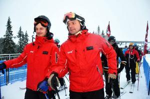 Skistarchefer Christer Larsson och Sebastian Thomasson tillhörde de första i liftkön.