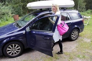 När doulan Katrin Josefsson har ett uppdrag innebär det ständig jour, då hon dygnet runt ska vara anträffbar och redo att ta sig till sjukhuset när som helst på dygnet.