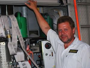 Räddningschefen Lars Rydstedt anser sig utsatt för en kampanj från missnöjda medarbetare.