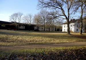 Asylboendet i Garpenberg börjar stängas redan i mars. Vad som händer med lokalerna är oklart.