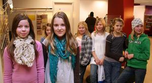 Bland Bergeforsens fina bidrag utmärkte sig författarinnorna till Gravens andar, Ida Strömqvist och Victoria Fröberg,