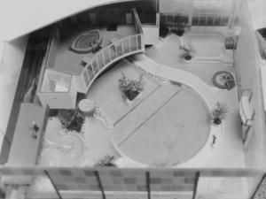 Skiss på hur Parkbadet skulle se ut när det var färdigt innehållandes vågmaskin, vattenrutschkanor och utebad med mera.