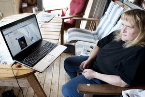 Anette Persson från Falun fick ett meddelande med falska anklagelser om barnpornografibrott när hon var inne på sajten Facebook.