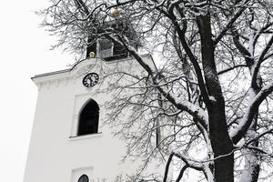 I anslutning till Alfta kyrka kommer en askgravplats att anläggas vid nya kyrkogården. Dessutom kommer sprickor i kyrkofasaden att ses över i sommar.