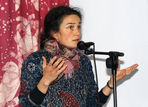 – Jag skäms över den här förändringen. Det borde även ni göra, sade Sara Lindström (V) som sågade beslutet om fler arvoderade politiker i Ragunda.