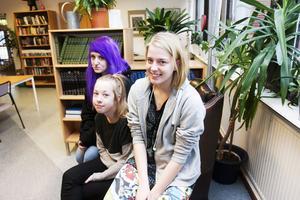 betyg viktiga. Felicia Axelsson, Milla Fager och Matilda Åhlén går i nian på Tunboskolan. De tycker att betygen är viktiga.