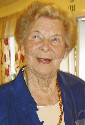 Ragnhild Roos.