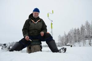 Premiär på Långvattnet. För Ari Munnukka som fiskat i fyrtio år.