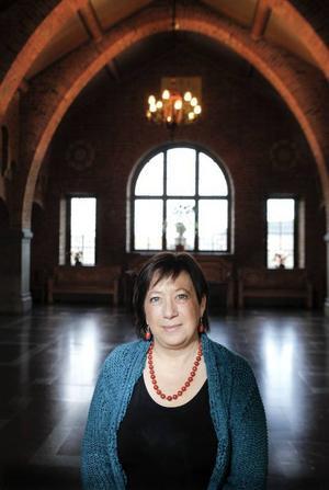 Karin Thomasson (MP) har varit ordförande i kultur- och fritidsnämnden sedan 2007. Under den tiden har de största investeringarna gjorts för idrott och fritid, nästan inget har gått till kulturen. Men hon påpekar att en hel del satsningar gjorts på arbetet med kulturella och kreativa näringar, något som kanske inte syns utåt på samma sätt som en byggnad.