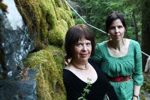 Paula och Gunnel Testad från Insjön spelat folkmusik i Stora Tuna kyrka på söndag.