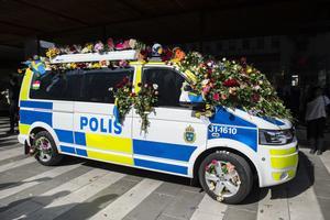 Många ville hylla polisens insats under terrordådet.