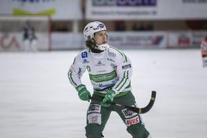 Ted Bergstöm hade stor del i Västeråssegern i det tredje kvartsfinalmötet med Bollnäs.