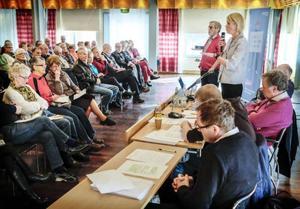 PRO hade bjudit in Mats El Kott (Fp), Saila Quicklund (M), Håkan Larsson (C), Nisse Sandqvist (V) och Gunnar Sandberg (S) till diskussion om skatt och pension.