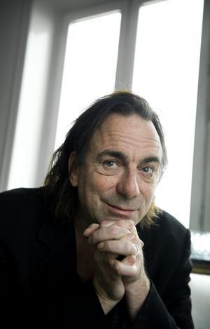 Rikard Wolff trollband Gävlepubliken med föreställningen