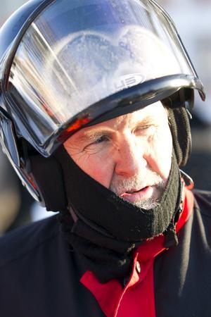 Leif Lindquist i Sandvikens Skoterklubb tycker det behövs skärpta regler för skoterförare.