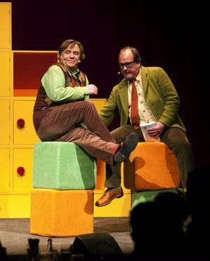 Tv:s alla programledare fick sig några rejäla kängor i år. Ingmar Virta och Lars T Johansson gestaltade ett par av den lite mer taffliga sorten.