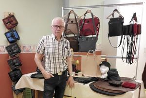 Jarl Christoffersson var en av många hantverkare som gästade SPF Skinnarbygds hantverkardag.