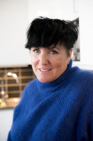 Maria Lindgren går i gång på färg. En ny serie från Body Shop kan vara startskottet till att badrummets attrialjer förnyas.