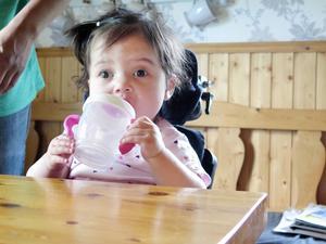 Adina Rask har klarat två stora hjärtoperationer som gett henne ett nytt litet kretslopp.