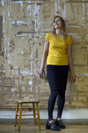 Helene Billgren fick börja om på nytt efter branden på Grafikens hus. Nu är hon klar för att ställa ut på Wanås konst i Skåne.    Foto: Janerik Henriksson/TT