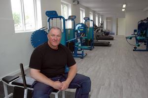 TJEJGYM. Ulf Blom tror att 50-100 kvinnor vill träna på tjejgymmet som han öppnar i den gamla Pricksfabriken.