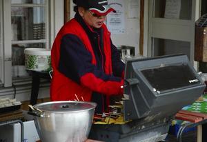 Mat. för de som var sugna på något ätbart fanns bland annat thailändsk mat att köpa på torgmarknaden i Garpenberg.